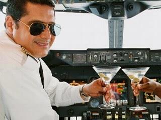 Halloween Darwin Awards Aviation Style! cap'n aux blog aviation avgeek pilot pilots airplane plane airline captain