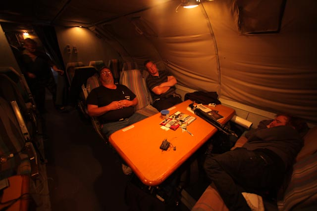 ANDREW MACDONALD PICS Guys crash in AN124 on route to MSP after 24hour Gannet preparation