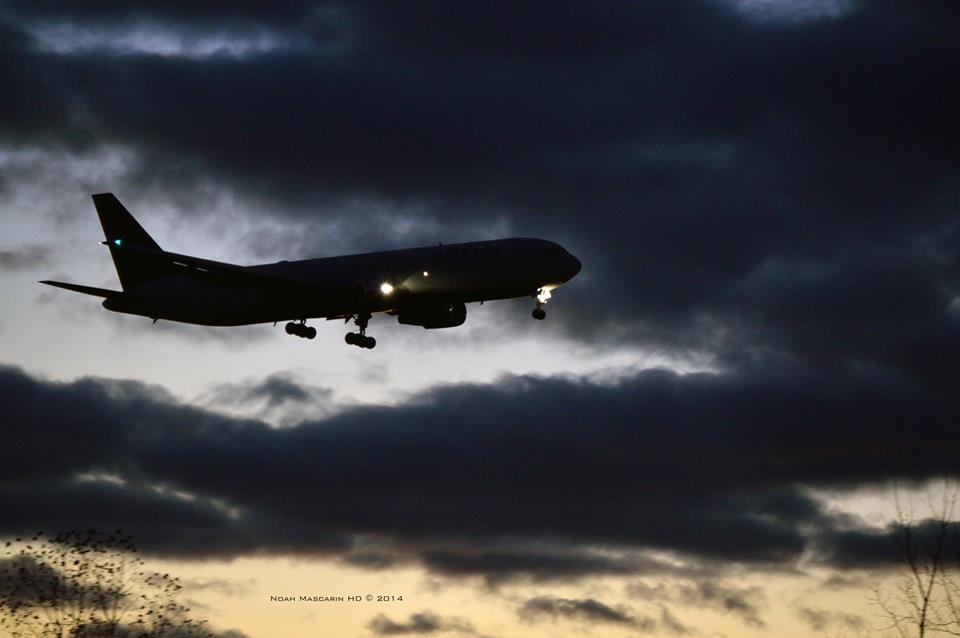 767 Spooky Clouds Noah Mascarinhd