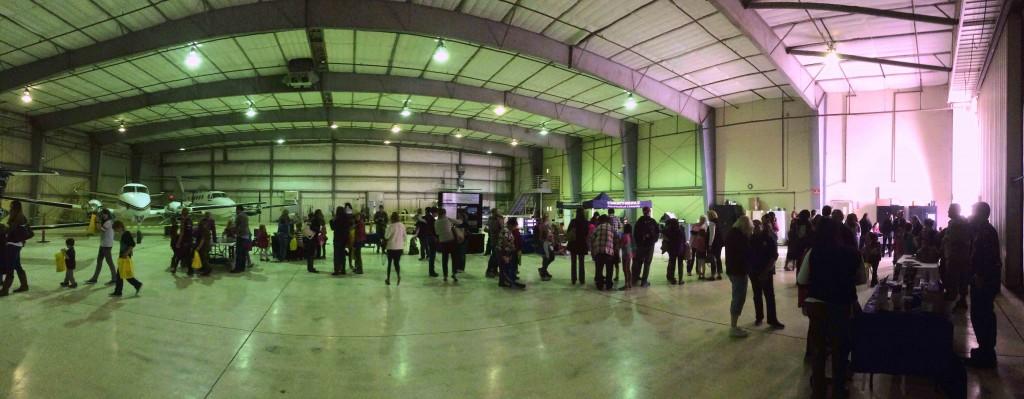 Hangar Pano 2