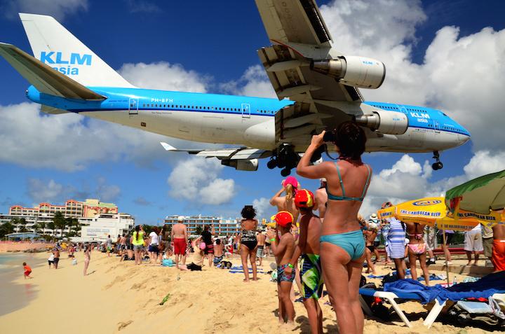 Maho-Beach Lo