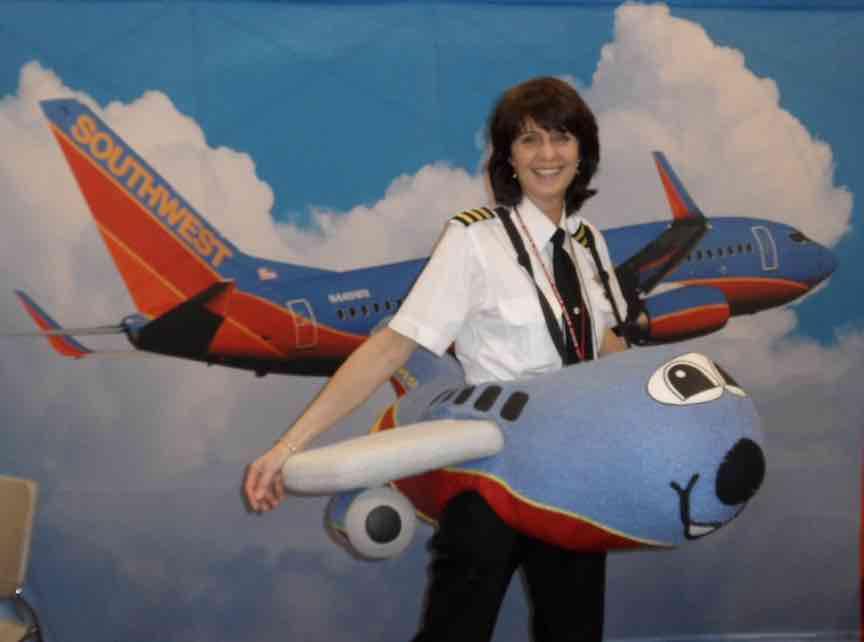 Adventures of Cap'n AuxWomen in Aviation: Karlene Petitt ...