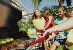 Grilling_101_For_Memorial_Day_0_38954759_ver1.0_640_480