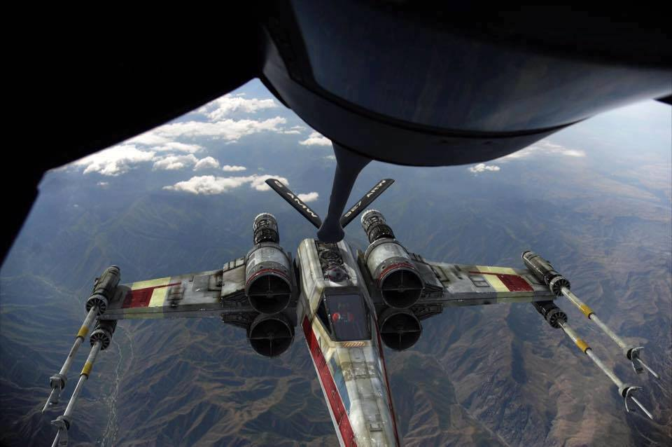 X-wing refuel