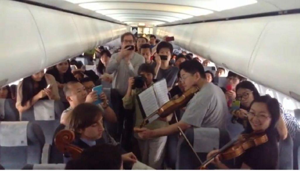 musicians_china_flight