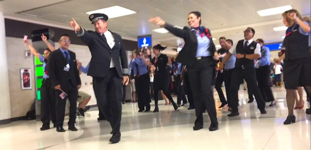flash-mob-ss Flash Mob: White Pilots Can Dance!