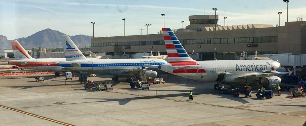 AA Tails Blogs, Blog Buddies...and United's (Un)Friendly Skies?