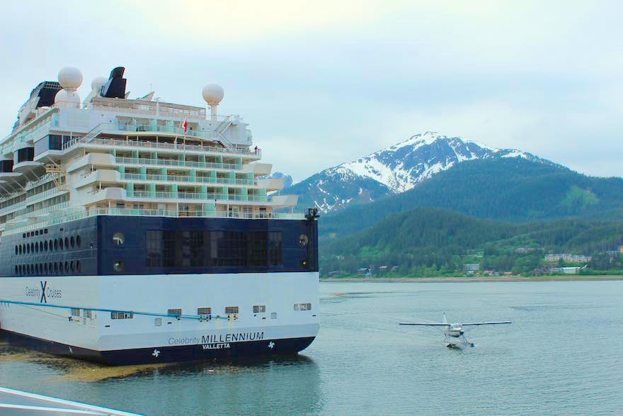 Cruise ship Floatplane A Song of Icebergs and Fire! (Airways Alaska Cruise Part 3)